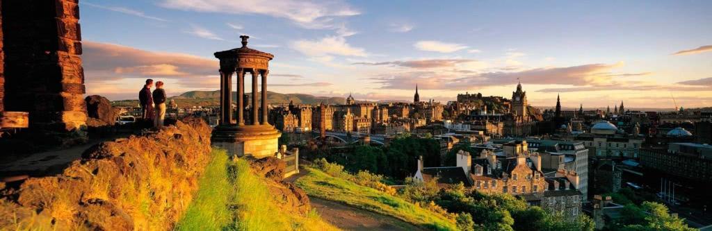 Corsi di inglese Edimburgo per adulti 2019   Language In ...